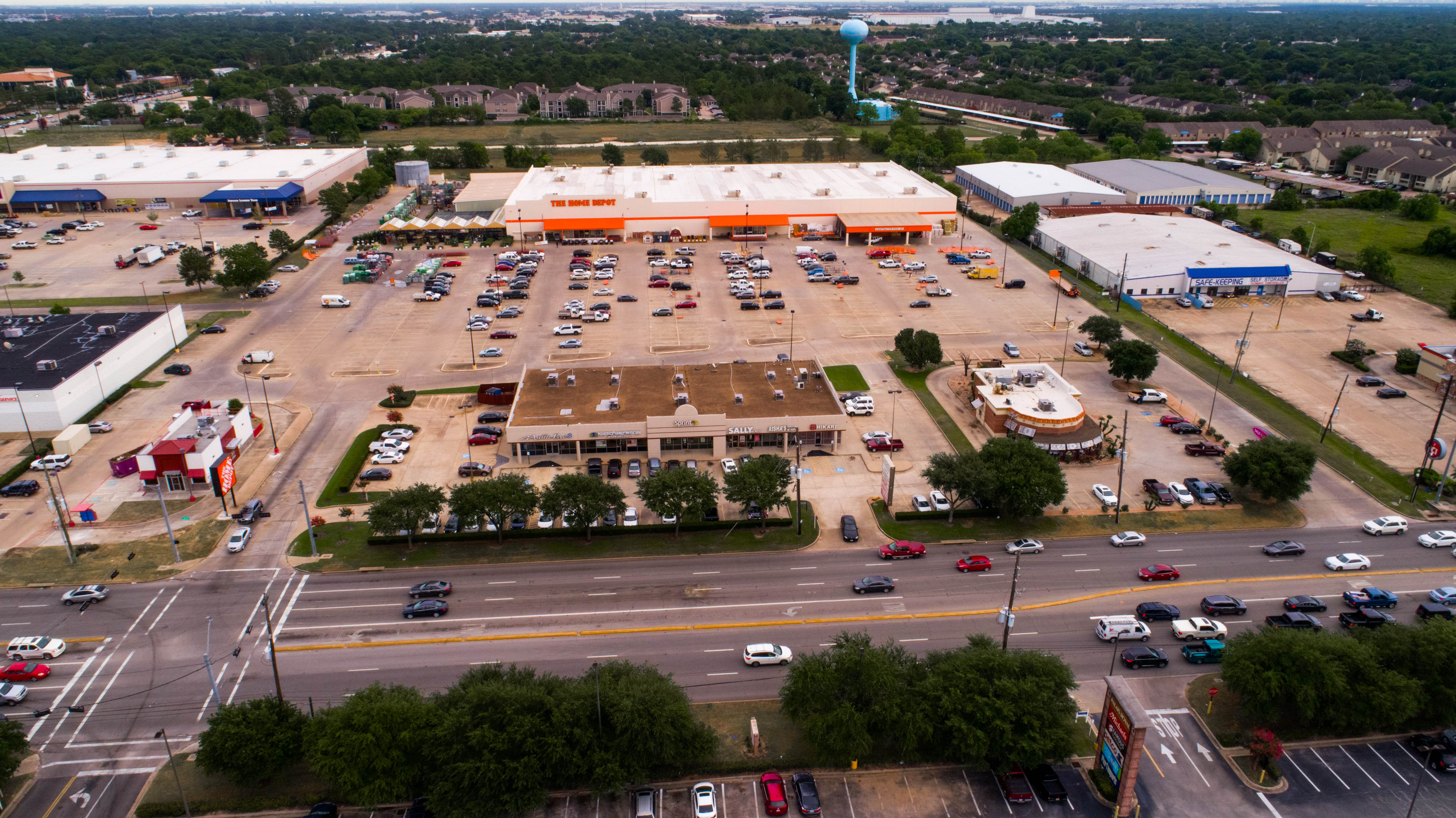Copperfield Shopping Center
